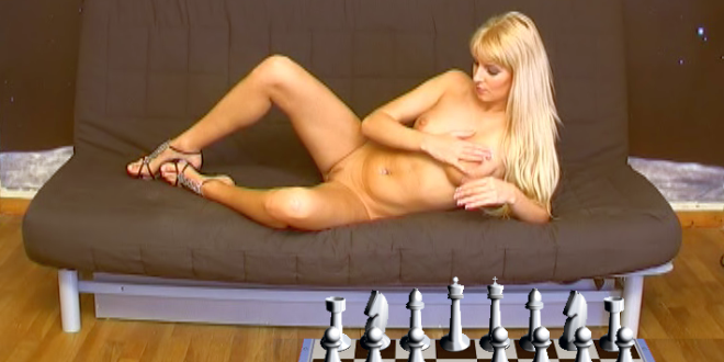 Sexy Chess Review